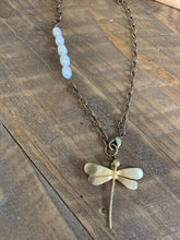 TWIGS SWALLOW PEARL NECKLACE