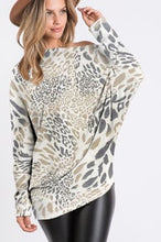 WILDLY YOURS TOP