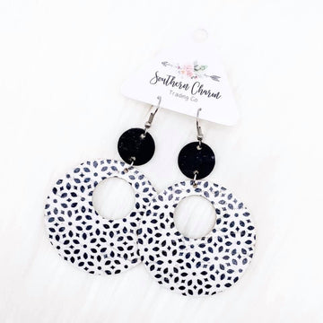 BLACK IS BEST LEATHER CIRCLE EARRINGS