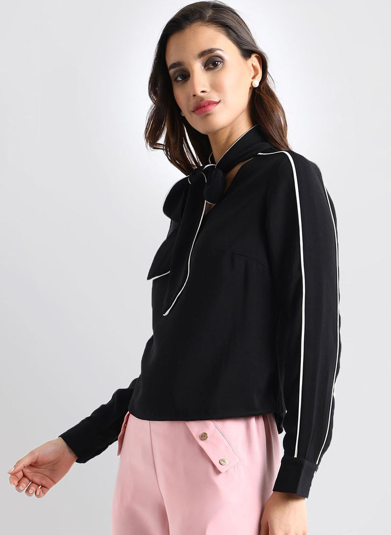 Contrast Detail Tie-Up Top (Additional 20% OFF)