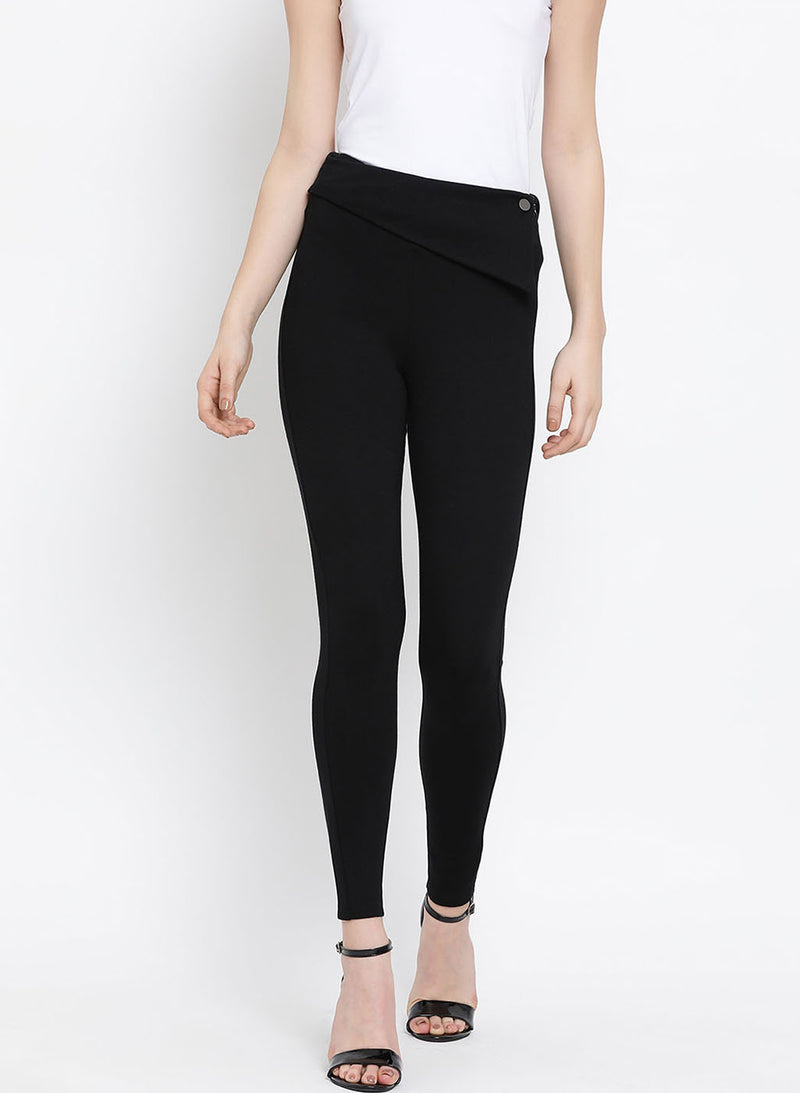 Jeggings With Asymetric Flap