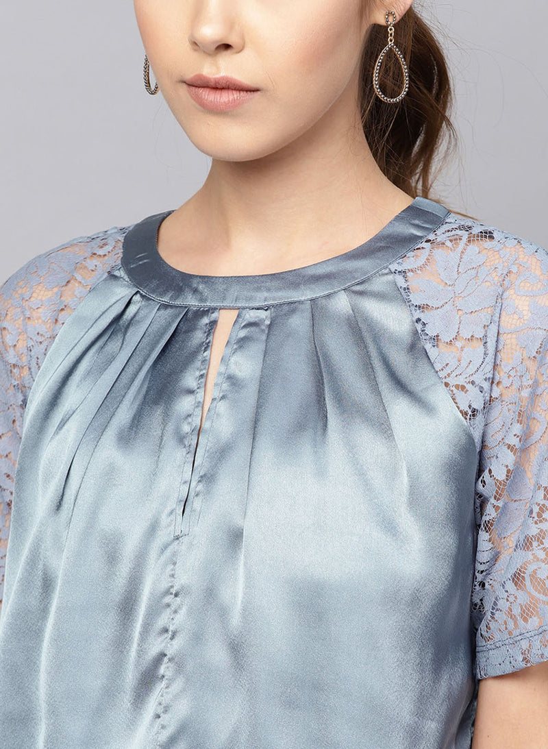 Lace Raglan Sleeve Top (Additional 20% OFF)