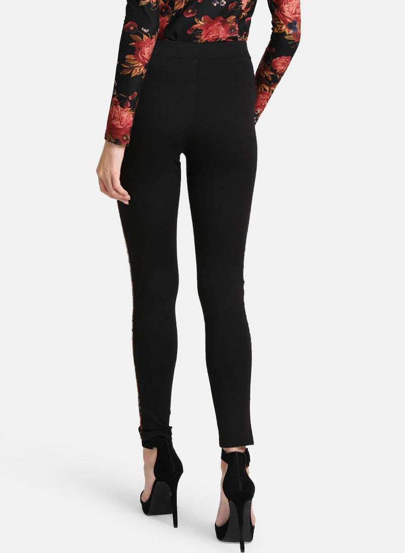 Tape Detail Jegging(Additional 20% on 2)