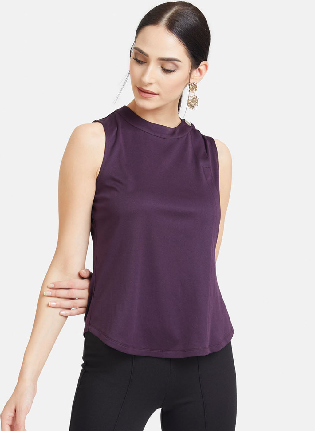 Solid Top With Button Detailed Neck