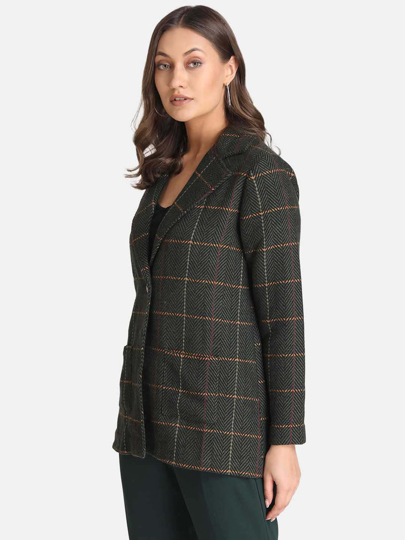 Knotch Collar Check Shirt With Pocket Detail