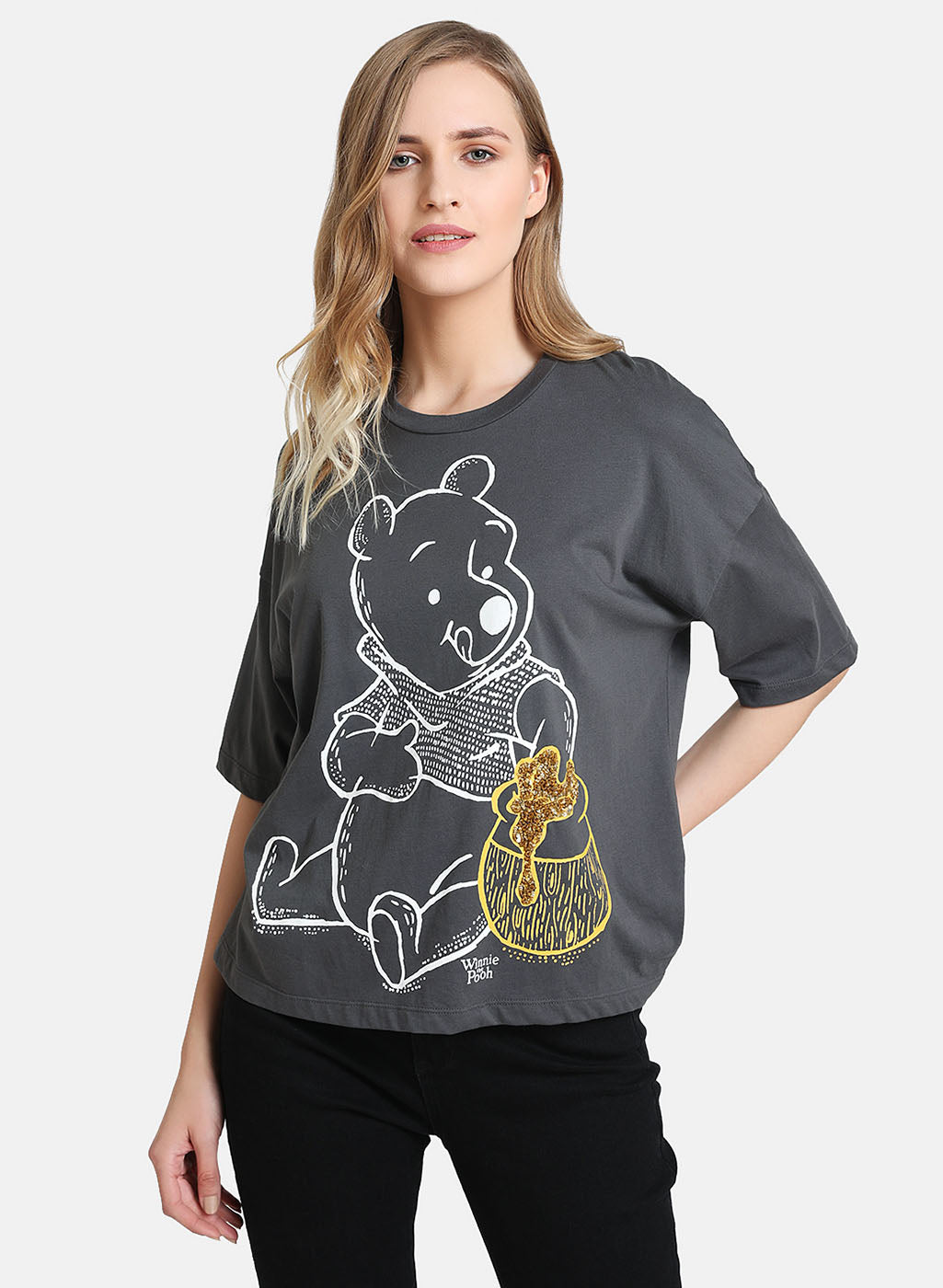Winnie The Poo © Disney Print & Sequin T-Shirt