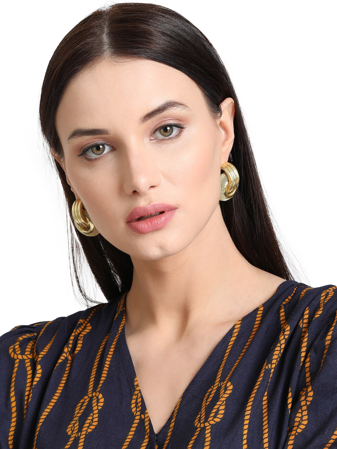 Entangled Design Gold Plated Earring Compliments Any Rich Look