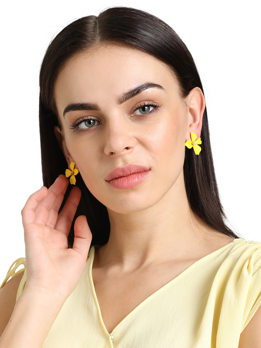 floral shaped earring
