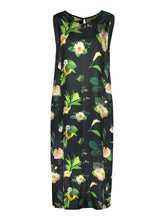 Lataa kuva Galleria-katseluun, Flow Maxi Dress, Winter Garden (Store Tampere)