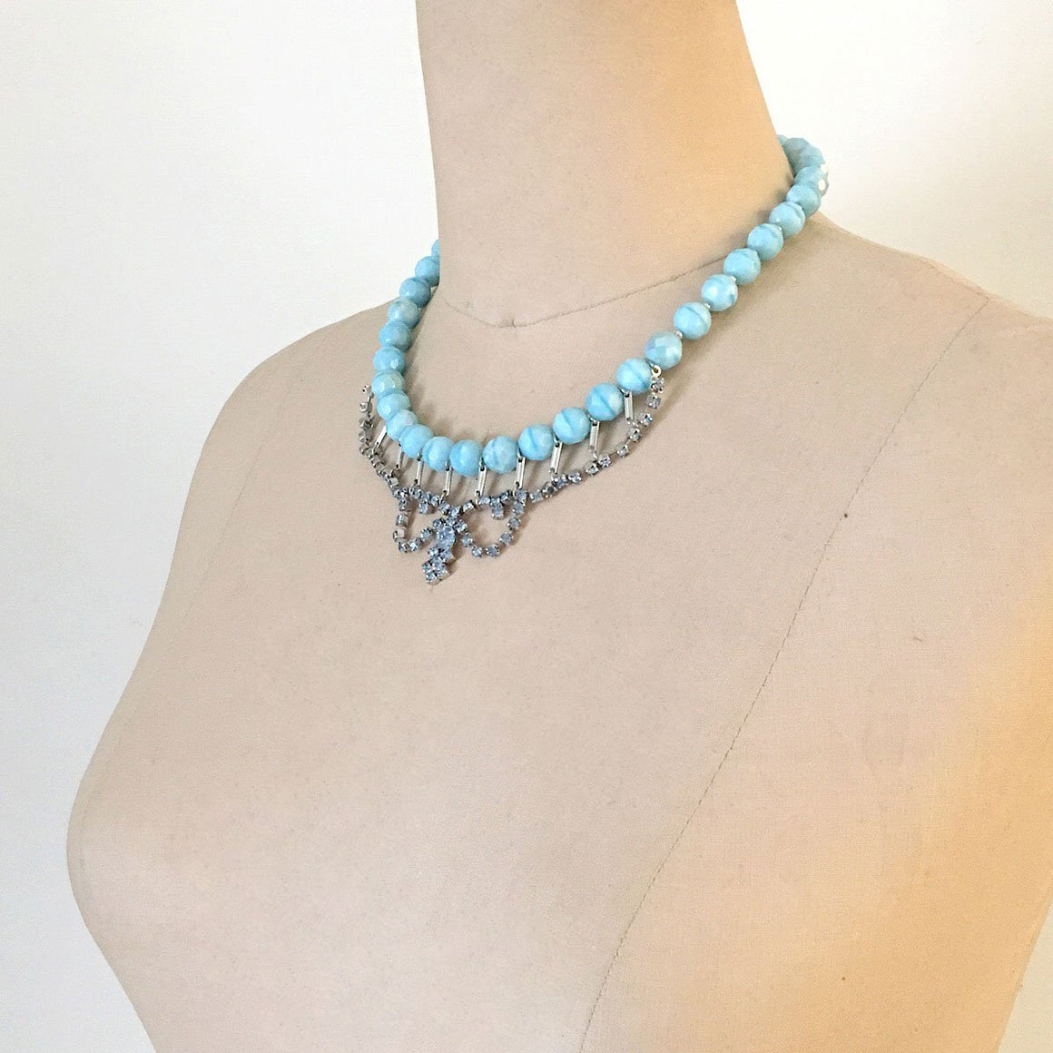 ITZEL blue beaded crystal necklace-GREEN BIJOU