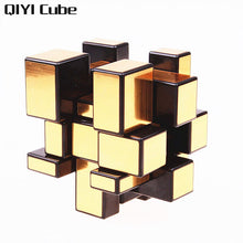 Carica l'immagine nel visualizzatore di Gallery, QIYI Mirror Cube 3x3x3 Magic Speed Cube Silver Gold Stickers Professional Puzzle Cubes Toys For Children Mirror Blocks 3x3 Cube