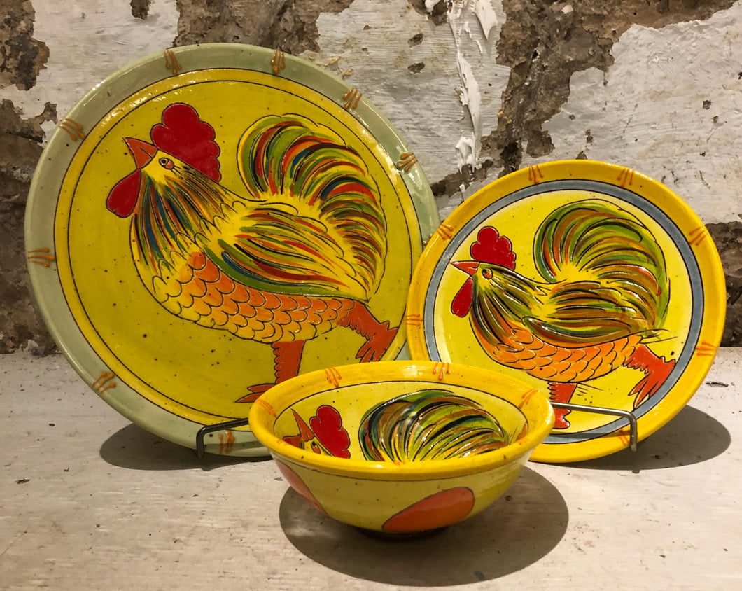 Le Monde - Colourful Chicken Dinner Plate, Dessert Plate, & Cereal Bowl