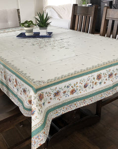 Beaucaire Rectangular Tablecloth - Placed Design