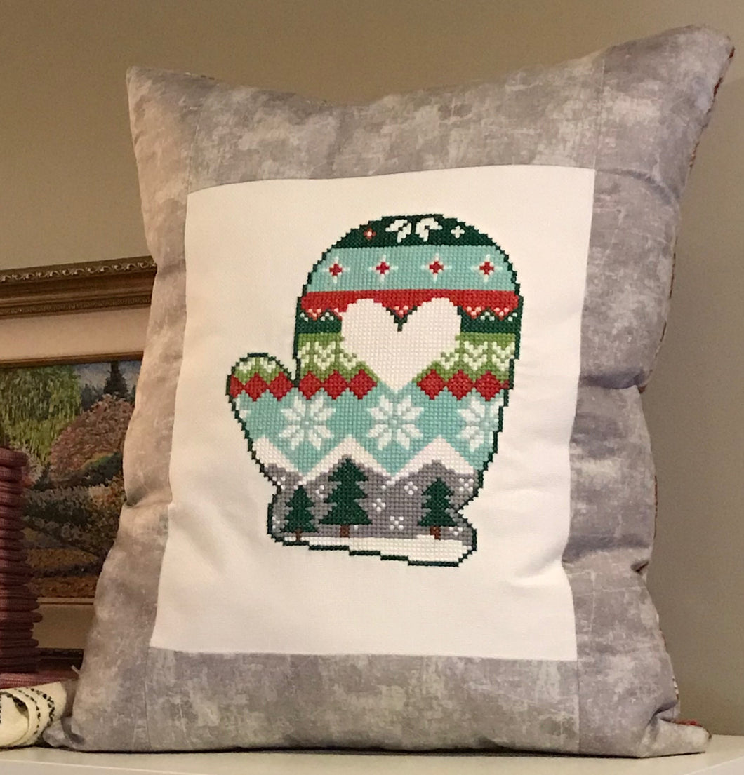2018 Holiday Mitten PDF Cross Stitch Pattern by Rachel Nichols