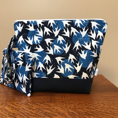 Medium Doves Wedgetote with coordinating Notions Pouch