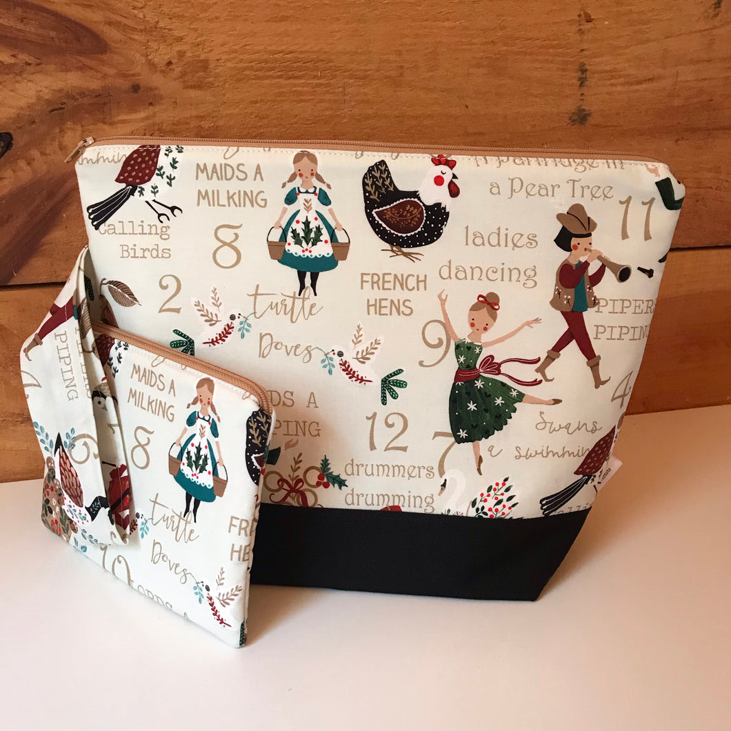 Medium 12 Days of Christmas Wedgetote with coordinating Notions Pouch