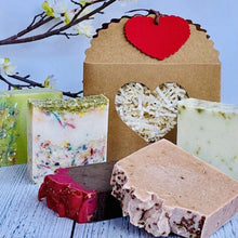 Load image into Gallery viewer, Zemala Natur'el Herbal Soap Bars Soap Lover Gift Box