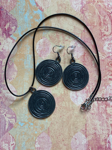 Gunmetal Swirls Necklace and Earrings Set