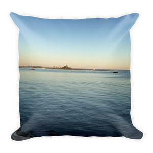 WATERFRONT | Premium Pillow