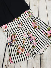 Load image into Gallery viewer, Kiely Floral Shorts