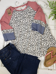 Lowen Color block Top