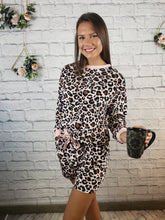 Load image into Gallery viewer, Risa Leopard Print Lounge Wear Set