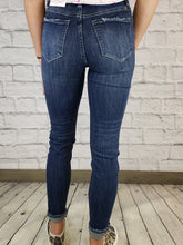 Load image into Gallery viewer, Jinny Skinny Jeans