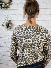 Load image into Gallery viewer, Aidia Leopard & Lace Top