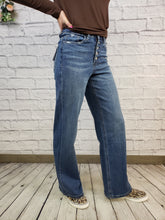 Load image into Gallery viewer, Main Squeeze Wide Leg Jean By Vervet