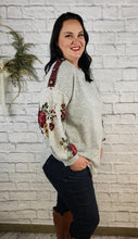 Load image into Gallery viewer, Pru Floral Accent Top