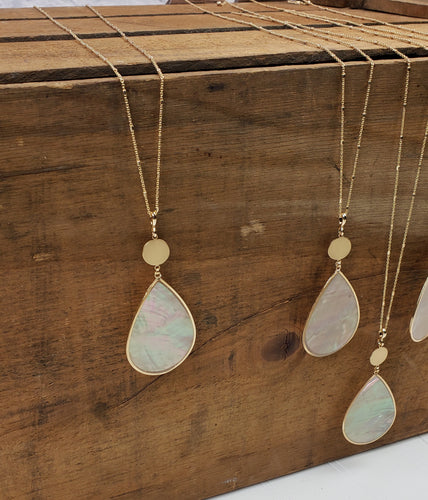Tear Drop Shell Necklace