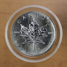 Load image into Gallery viewer, 1990 - Canada - $5 - Silver Maple Leaf - UNC