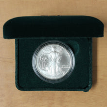 Load image into Gallery viewer, 1997 - USA - $1 - Silver Eagle - UNC - retail $50