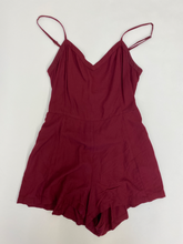 Load image into Gallery viewer, American Eagle Romper Size 2