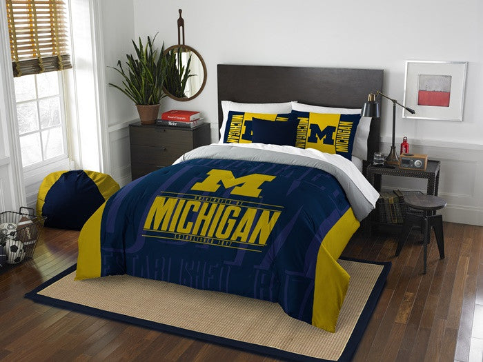 Michigan Wolverines Modern Take Full Comforter Set