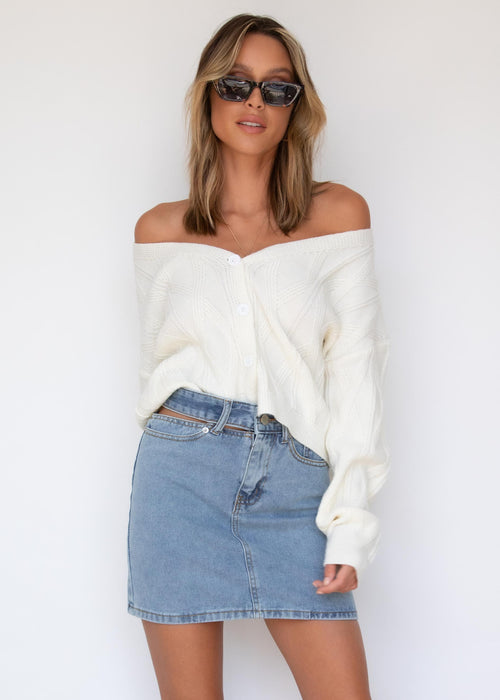 Millenial Buttoned Cardi - Off White
