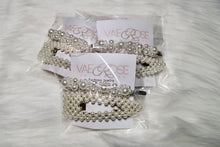 Load image into Gallery viewer, 2pc Silver & Pearl Clip Set