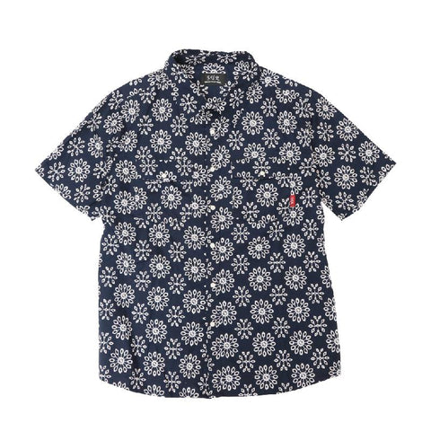 Snap Button Pattern Shirt