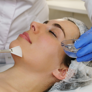 Medi-aesthetic express peel or facial (Single)