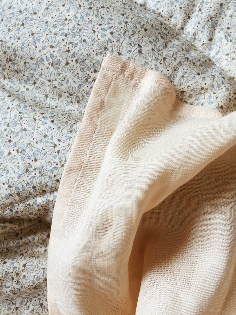 Muslin Swaddle mediano Konges- Rose Dust