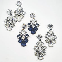 Load image into Gallery viewer, Freya Pearl Rhinestone Earrings