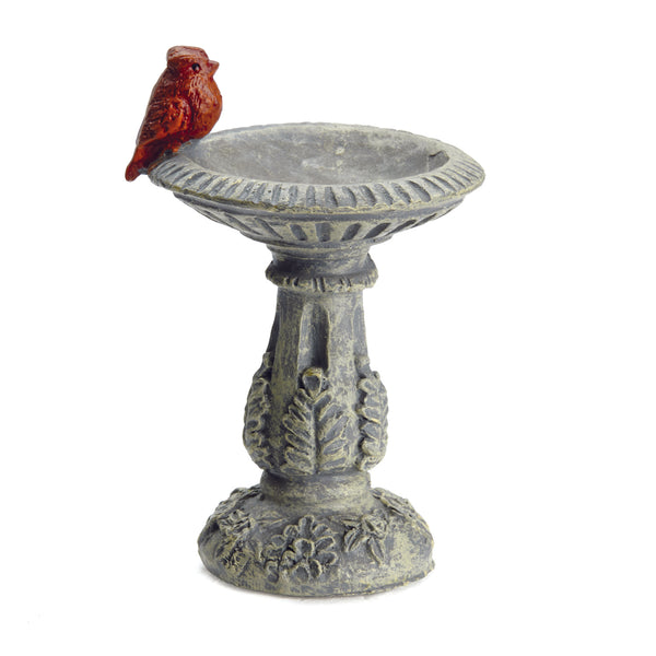 Cardinal Bird Bath Pick