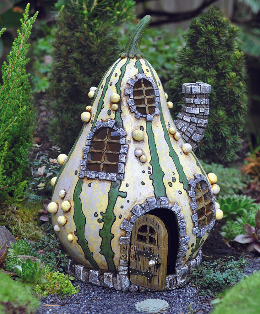 Striped Gourd Cottage w/ Opening Door
