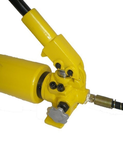 Hydraulic Hand Pump (10.000psi - 165in³) (B-700A)