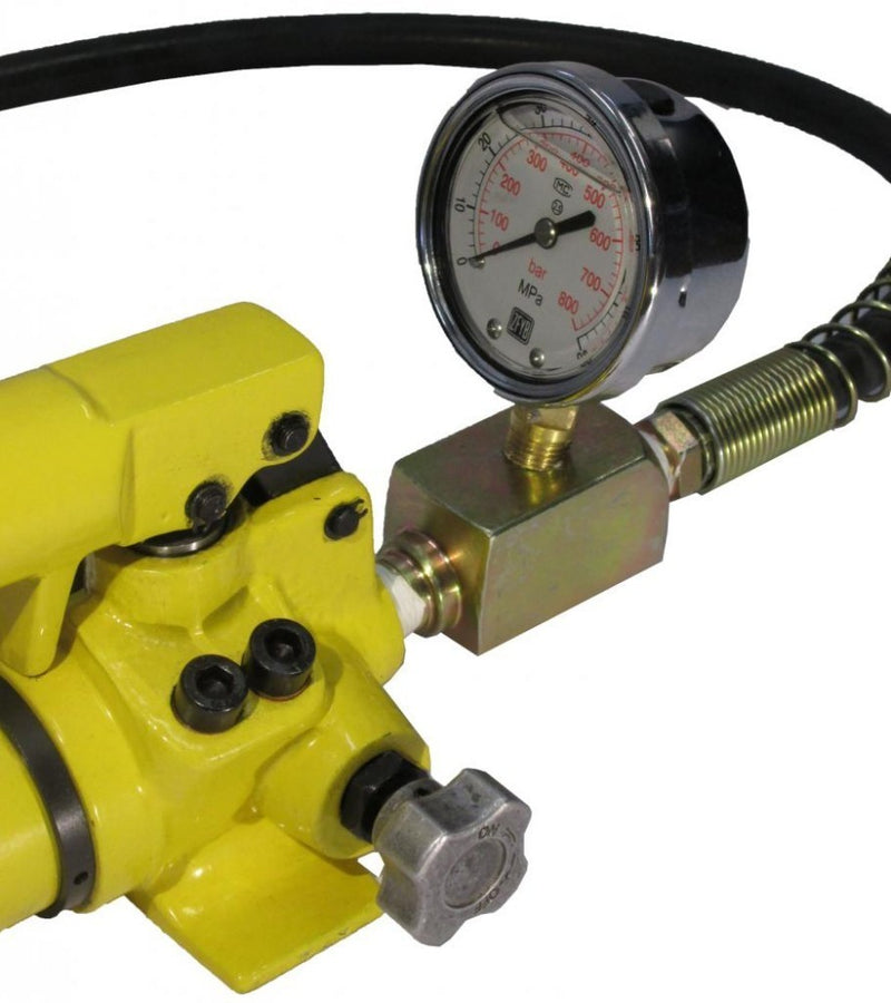 Hydraulic Hand Pump with Pressure Gauge (10.000 psi - 21 in³) (B-700CB)