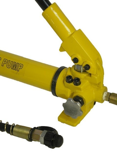 Hydraulic Hand Pump (10 000 psi - 43 in³) (B-700)