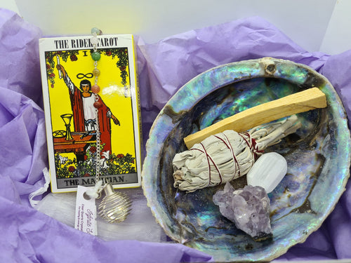 The Tarot Essentials Kit