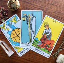 Load image into Gallery viewer, Rider Waite Tarot Deck