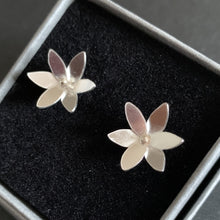 Load image into Gallery viewer, Rain Lily Studs