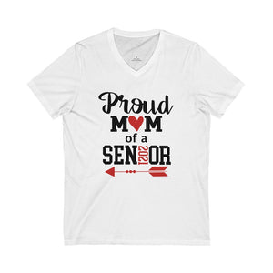Proud mom of a 2020 senior t-shirt, mom of a graduate t-shirt senior mom shirt, shirts for senior photos